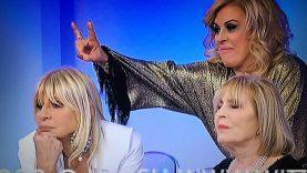 Gianni-Sperti-commenta-liti-tra-Tina-Cipollari-e-Gemma-Galgani-continuano-anche-nel-backstage-1280×720