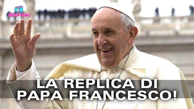 papa francesco replica